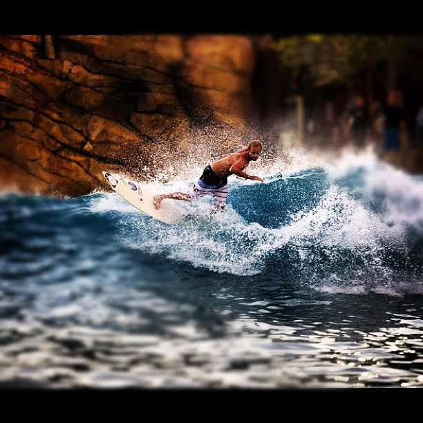 Elliott ripping. #physixsurf