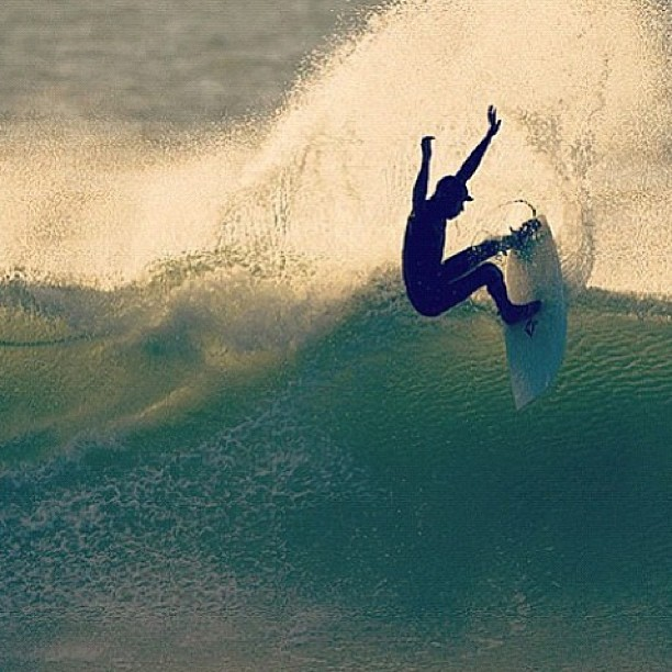 @kylemccrossan throwing that tail #physixsurf