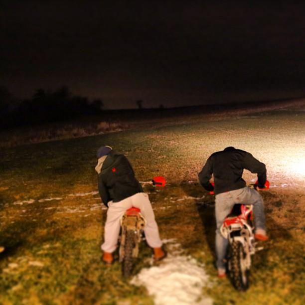 Night dirt biking #physixsurf #ripping #sick #tomuchfun #yeww #photoftheday