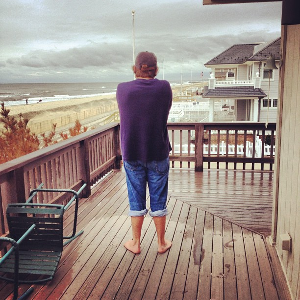 Checking the swells with @cody_hegarty & @kyle_hegarty #physixsurf