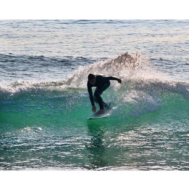 @roeysoha enjoying the winter swell. #physixsurf #chrismasswell